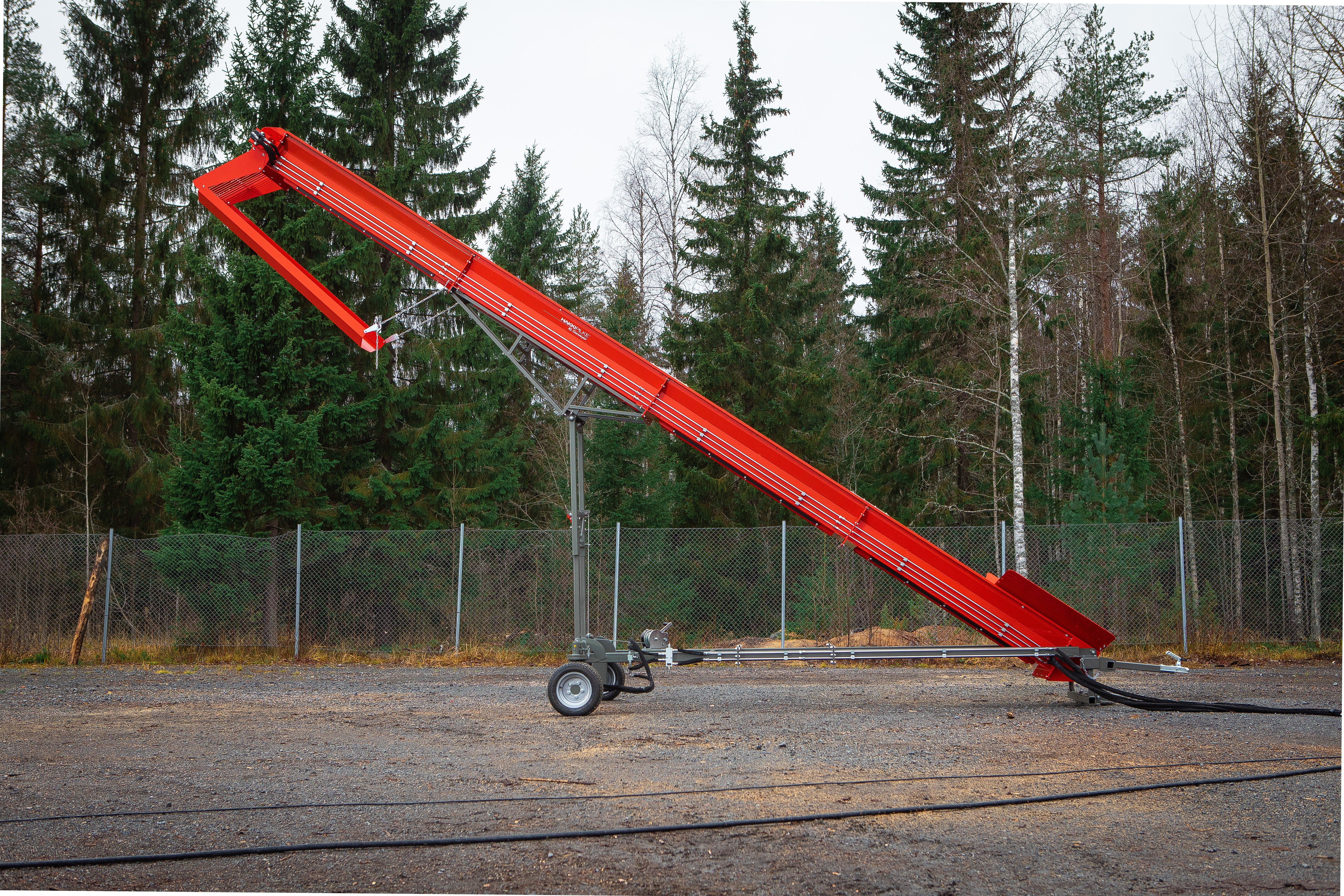 Hakki Pilke XL Conveyor