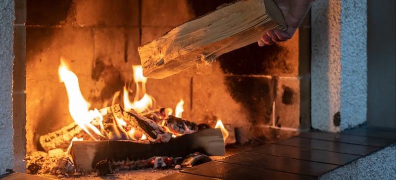 Hakki-Pilke_fireplace-1